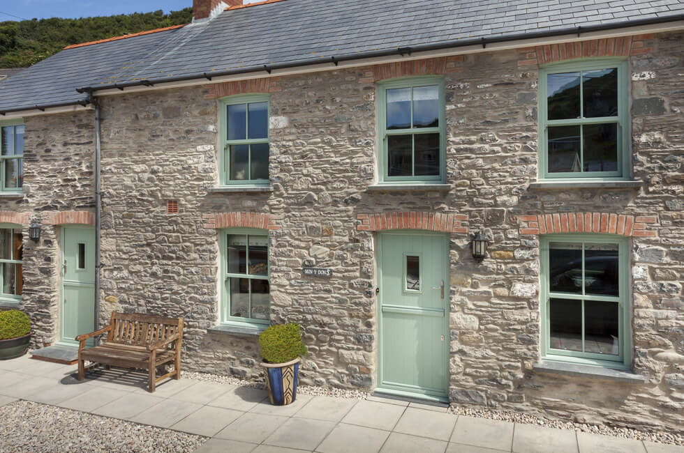 Chartwell green sliding sash windows